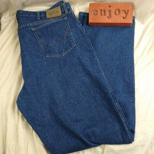 Wrangler Rugged Wear Stretch Relaxed Fit Jeans